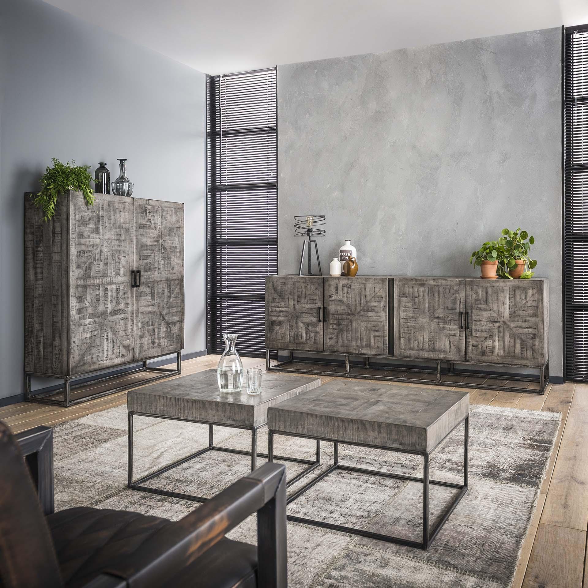 Industrieel wandkast | Grado | Mango hout | 2 deuren