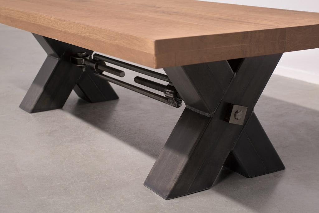 Industriële Salontafel Met Metalen X-Poot Met Trekstang - Nieuw Eiken