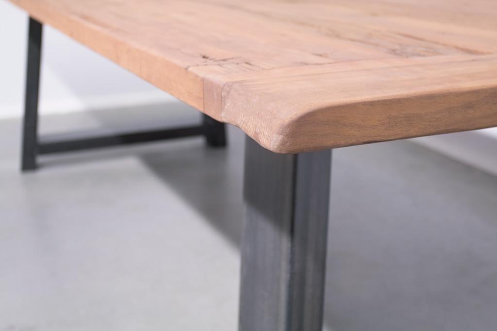 Industriële tafel met A-poot - Oud eiken