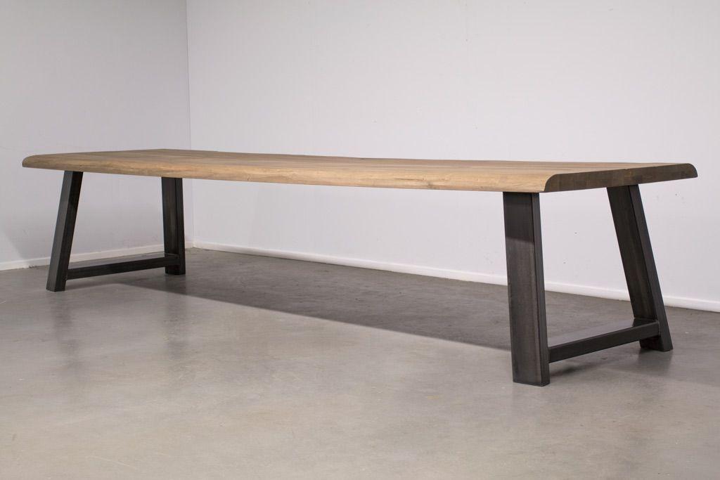 Image of Station7 - Industri?le tafel met A-poot - Boomstam eiken Hout -