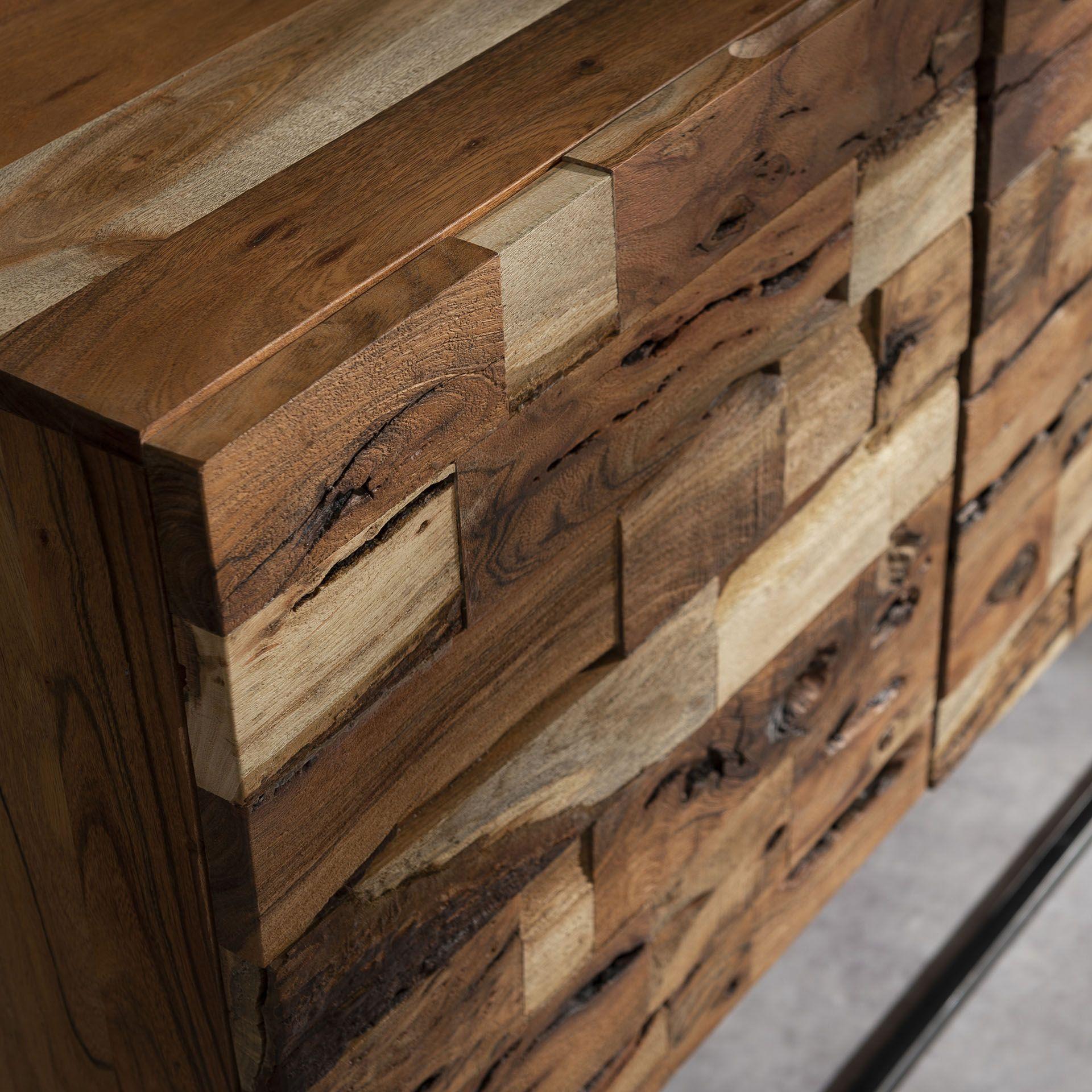 Industrieel dressoir Mill   Acacia hout   3 deuren