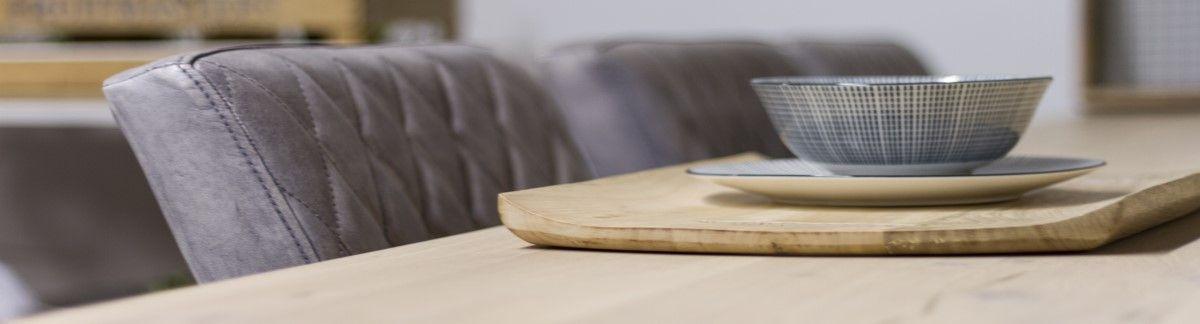 Ontdek de voordelen van een industriële eikenhouten tafel